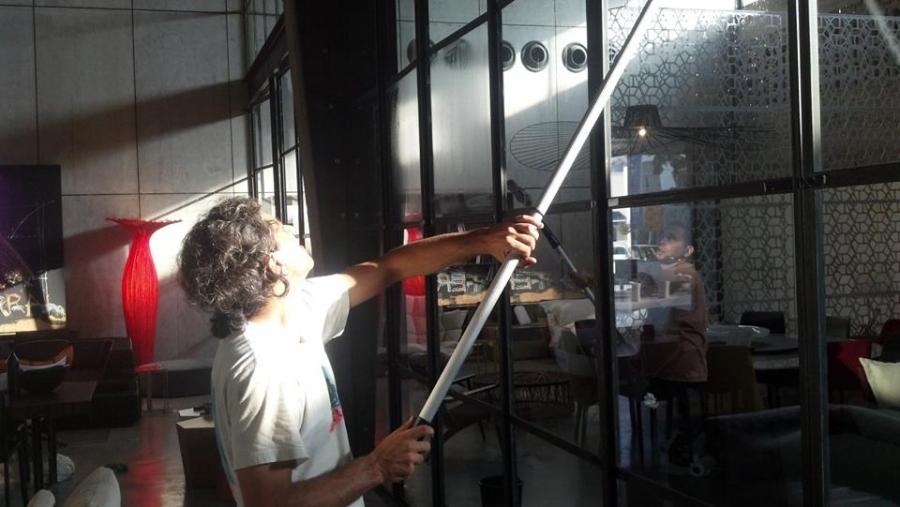 מפואר ניקוי חלונות | ניקוי חלונות בתל אביב ובמרכז - חלון נקי GL-64